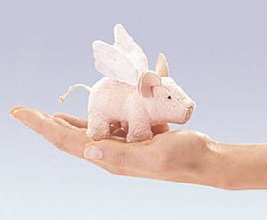 Winged Pig Finger Puppet